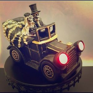 Day of The Dead Couple Just Married Light Up Car